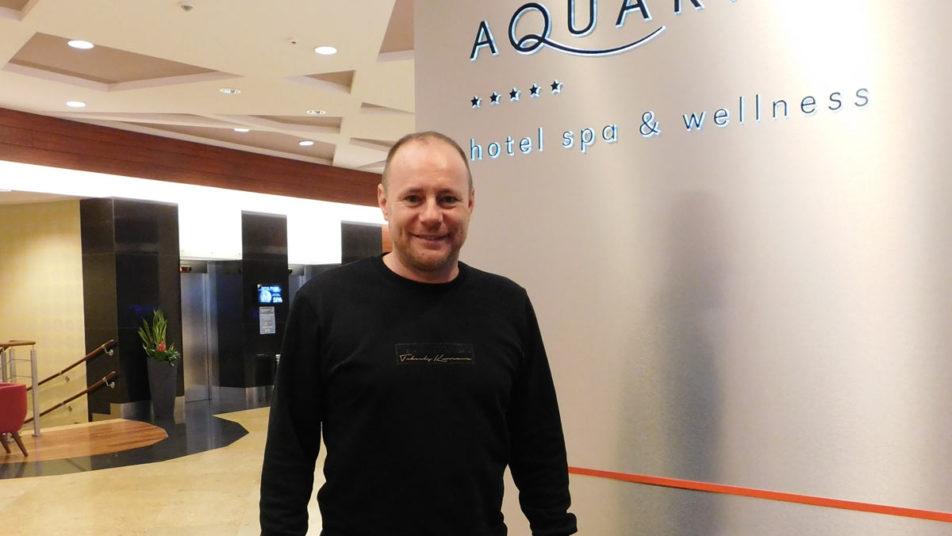 Piotr Reissa nad morzem w Hotelu AQAURIUS SPA