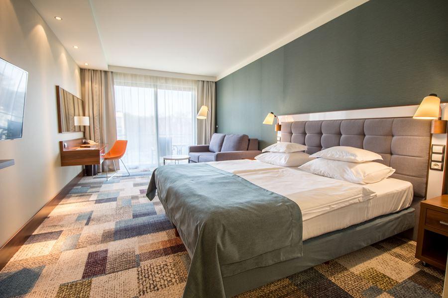 wygodne hotelowe pokoje