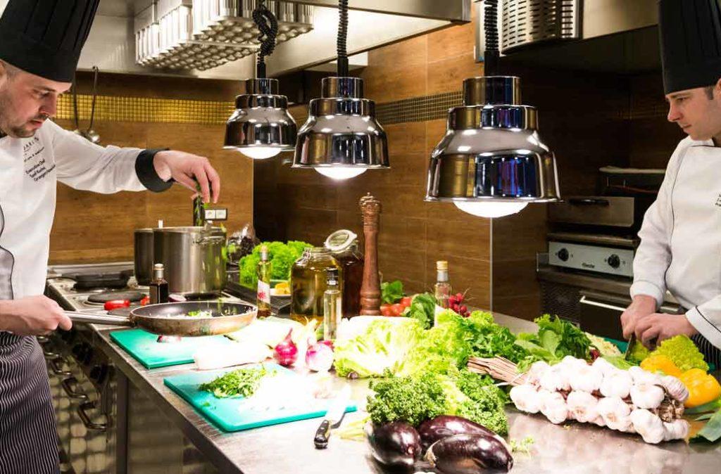 Kuchnia w hotelu AQUARIUS SPA