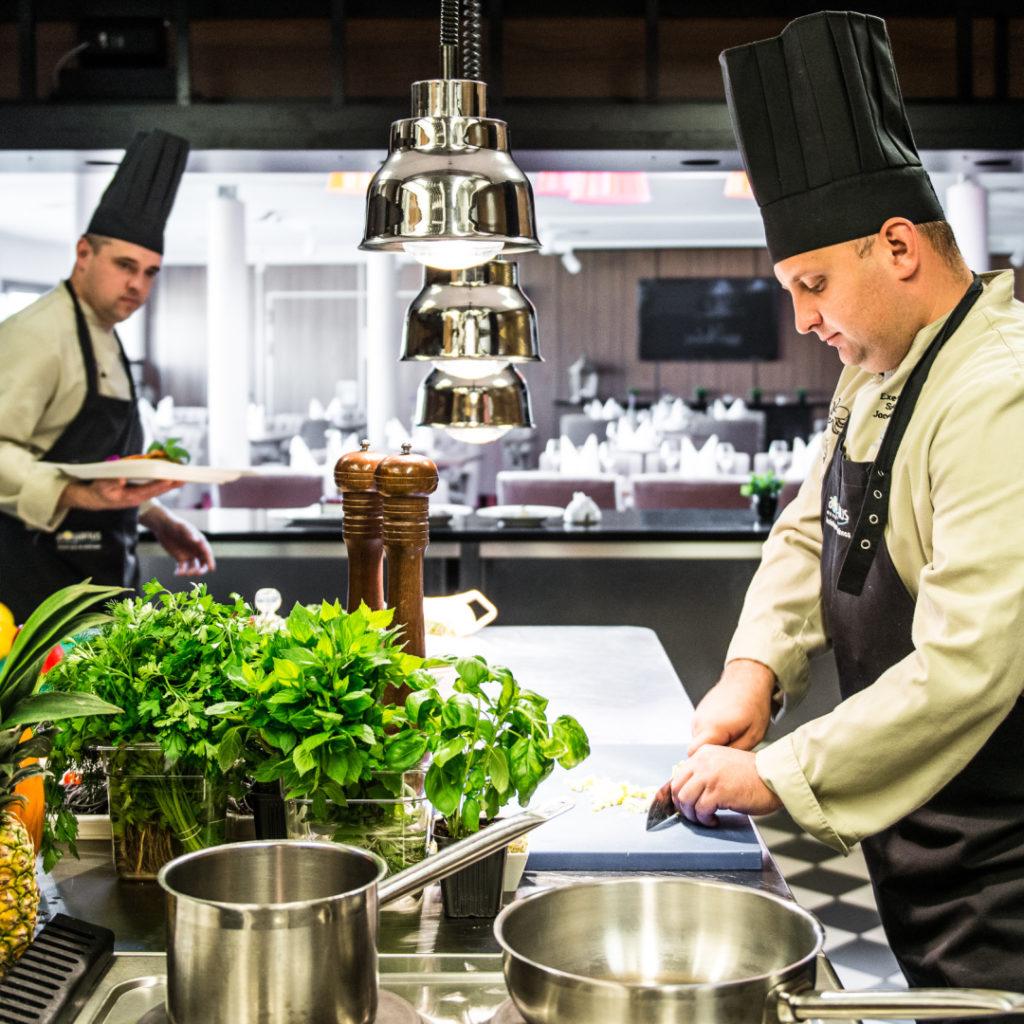 Szef Kuchni - gastronomia w hotelu AQUARIUS SPA