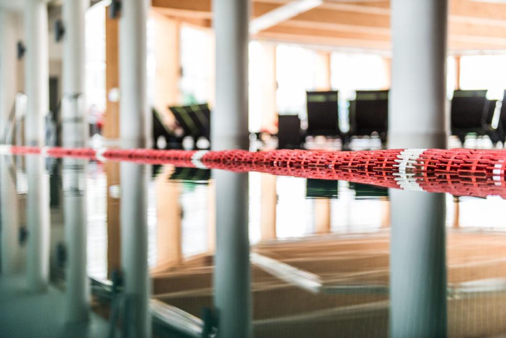 Basen sportowy w hotelu SPA