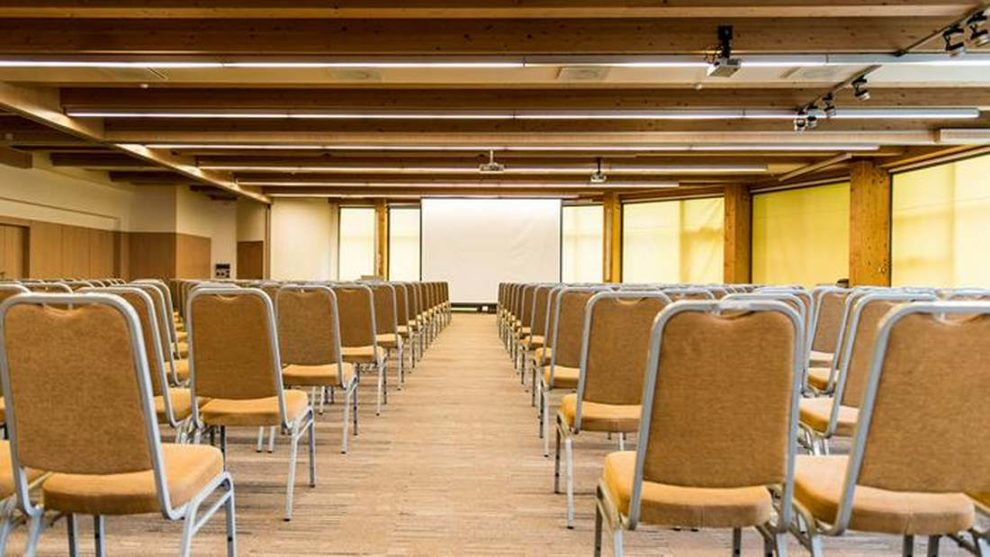 Ustawienia sali konferencyjnej Laguna