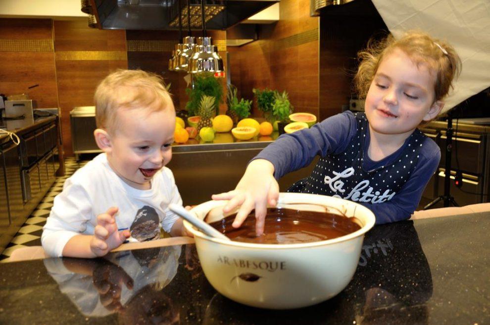 jak się robi czekoladę oczami dziecka