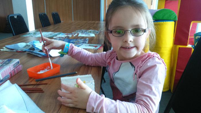 przygotowanie świeczników - animacje dla dzieci