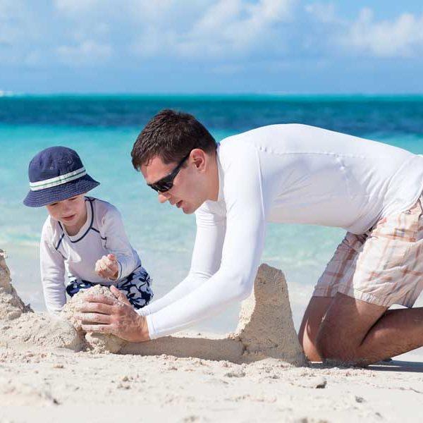Budowanie piasków na plaży