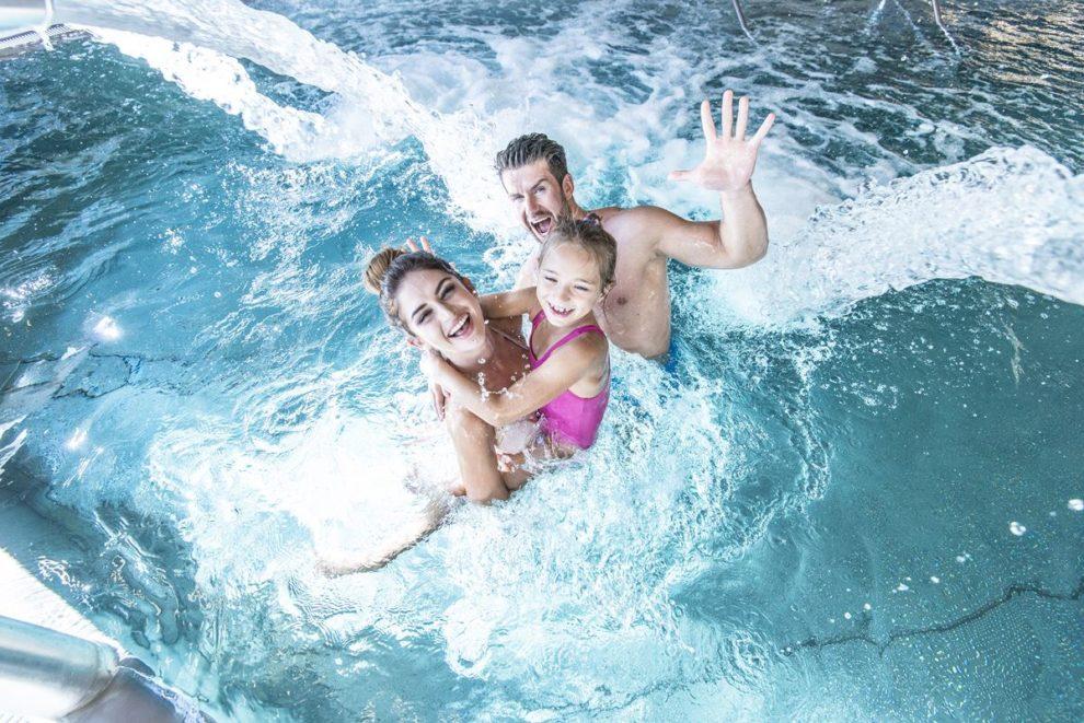 rozina w basenie