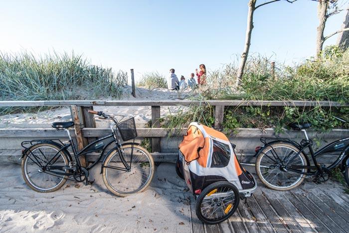 rowerami nad morzem