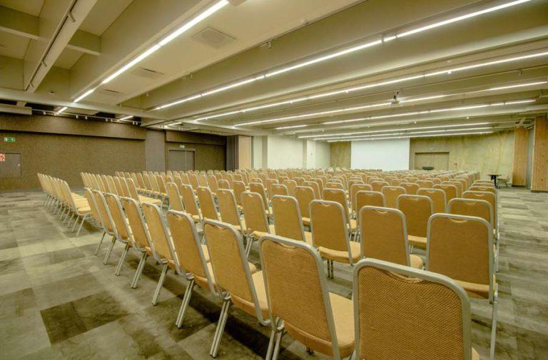Sala Laguna w ustawieniu teatralnym