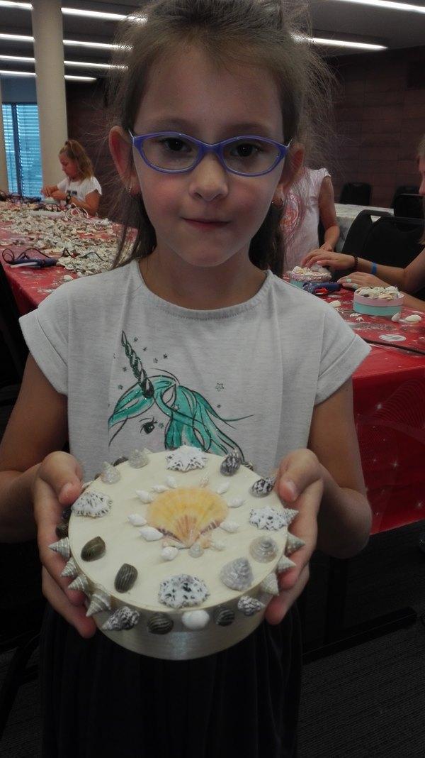 wyroby z muszelek robione przez dzieci