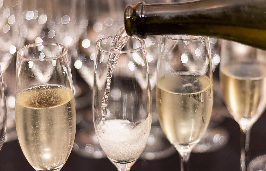 szampan do śniadania