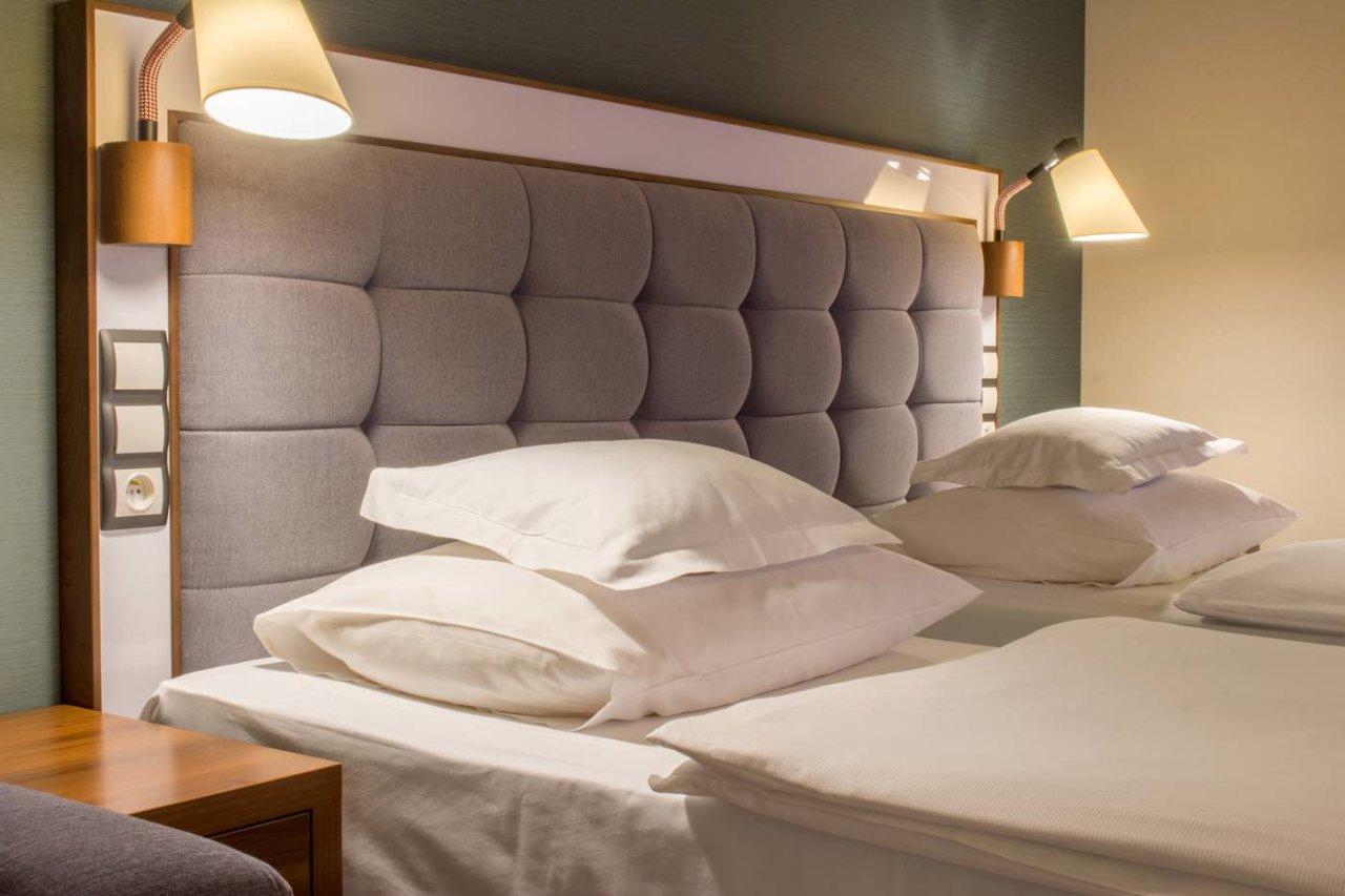 wygodne poduszki i materace w hotelu AQUARIUS SPA