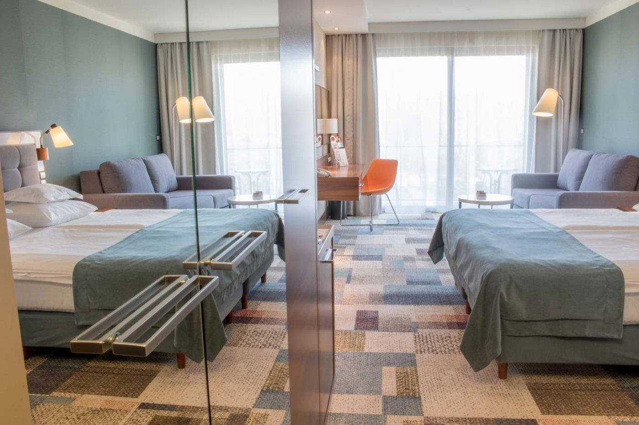 duży pokój w Hotelu AQAURIUS SPA